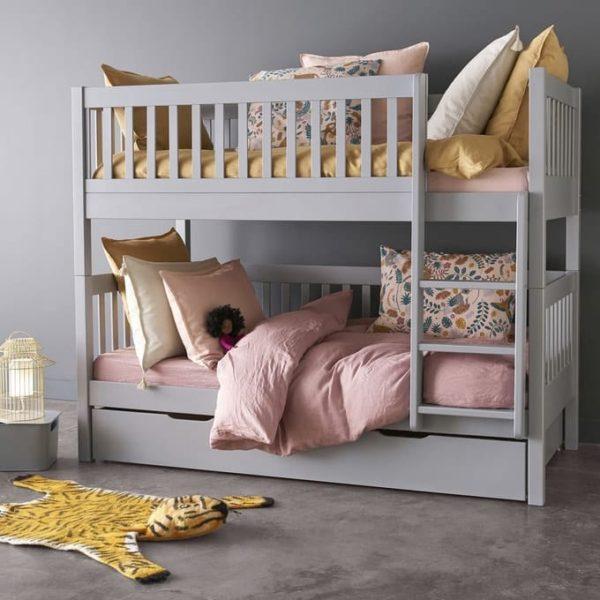 детская кроватка из бука